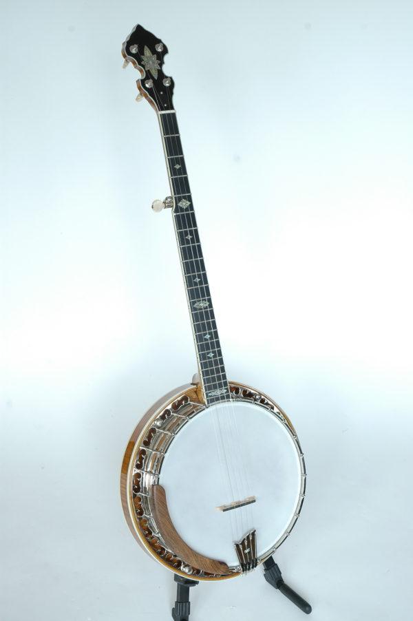 Omega Banjo Front